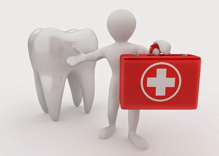 Спеціальності стоматологів: хірург, ортодонт і ортопед