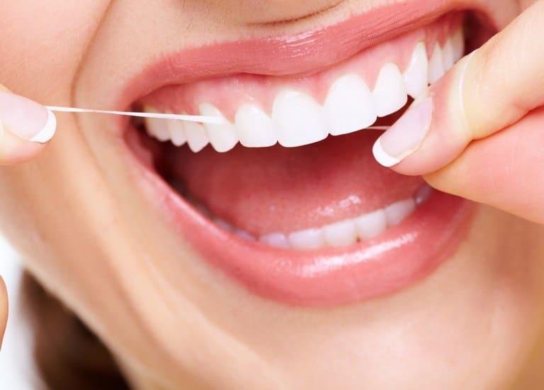 Профілактика захворювань зубів і ясен