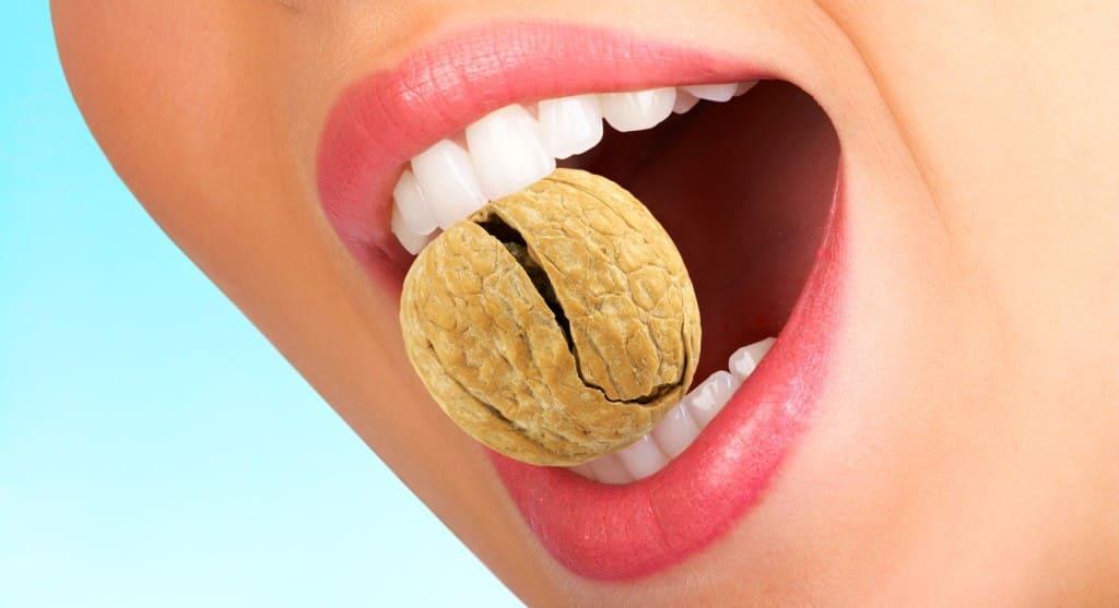 Что делать, если сломался зуб?